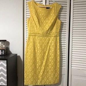 New never worn Adriana Pappell Lace Cocktail Dress
